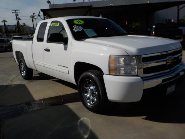 2011 CHEVROLET SILVERADO 1500 X CAB whiteblack automatic air conditioneralarmamfm radioanti