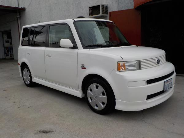 2006 SCION XB whiteblack 4 speed automatic air conditioneramfm radioanti-lock brakescd play