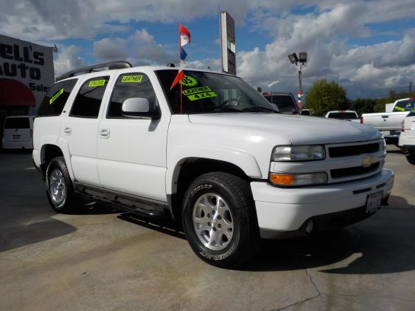 2005 CHEVROLET TAHOE Z71 whitetan automatic air conditioneralarmamfm radioanti-lock brakes