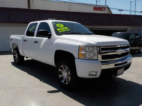 2009 CHEVROLET SILVERADO 1500 CREW 4WD whiteblack automatic air conditioneralarmamfm radioa