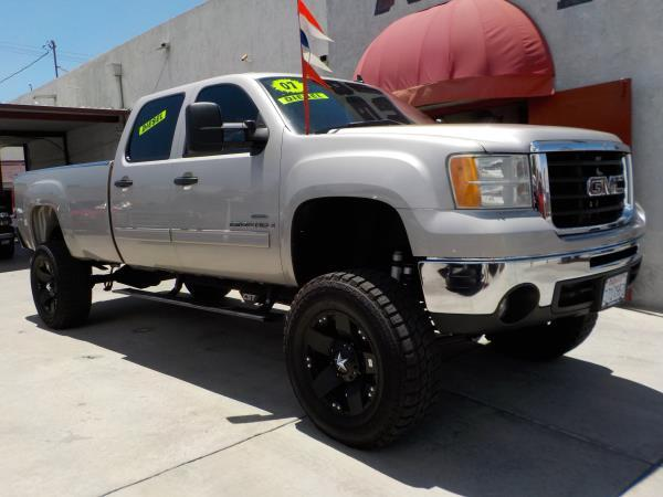 2007 GMC SIERRA 2500HD CREW LONG silverbirchblack automatic air conditioneralarmamfm radioa