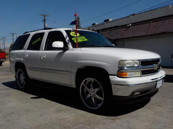 2006 CHEVROLET TAHOE whitegrey automatic air conditioneralarmamfm radioanti-lock brakescd