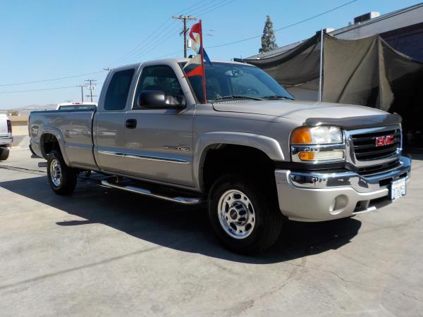 2005 GMC SIERRA 2500HD X CAB silverbirchcharcole automatic air conditioneralarmamfm radioan
