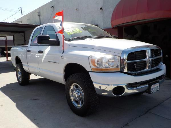 2006 DODGE RAM PICKUP 2500 QUAD