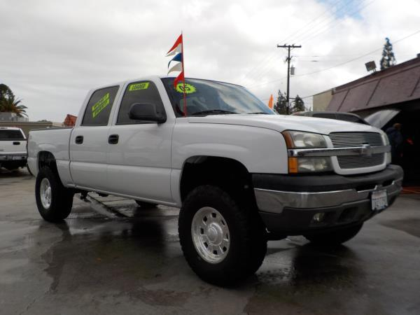 2005 CHEVROLET SILVERADO 1500 CREW whitetan automatic air conditioneralarmamfm radioanti-lo