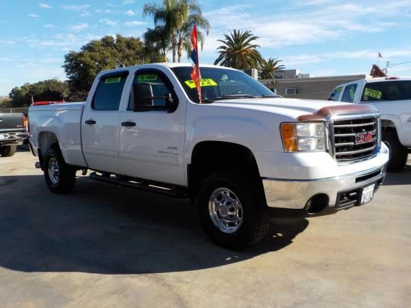 2010 GMC SIERRA 2500 HD CREW whiteblack automatic air conditioneralarmamfm radioanti-lock b