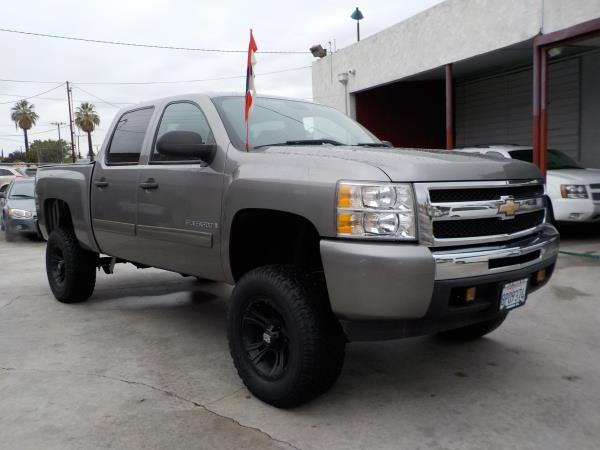 2009 CHEVROLET 1500 CREW SILVERADO 1500 CREW CAB charcoleblack automatic air conditioneralarm