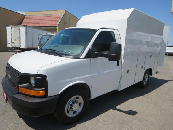 CHEVROLET EXPRESS 3500 WORK VAN 139 IN. WB