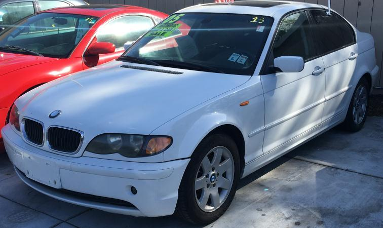 2005 BMW 3 SERIES whiteblack automatic air conditioneralarmamfm radioanti-lock brakescasse