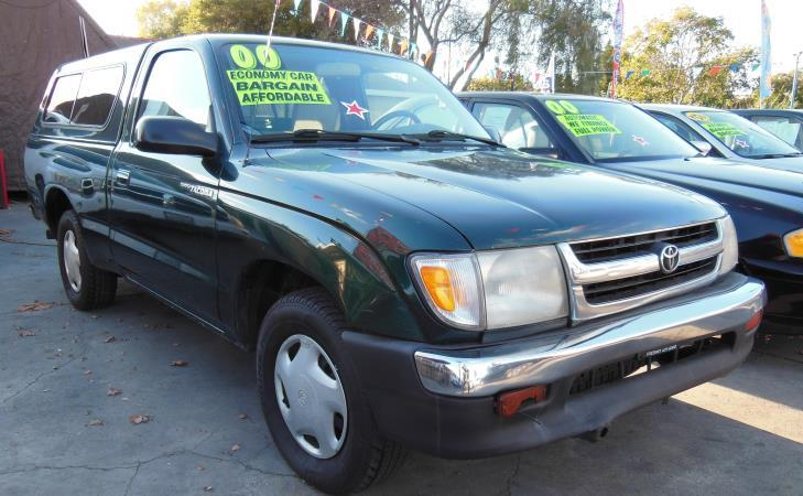 2000 TOYOTA TACOMA greenbrown 5 speed manual 368507 miles Stock 1318 VIN 4TANL42N7YZ590570
