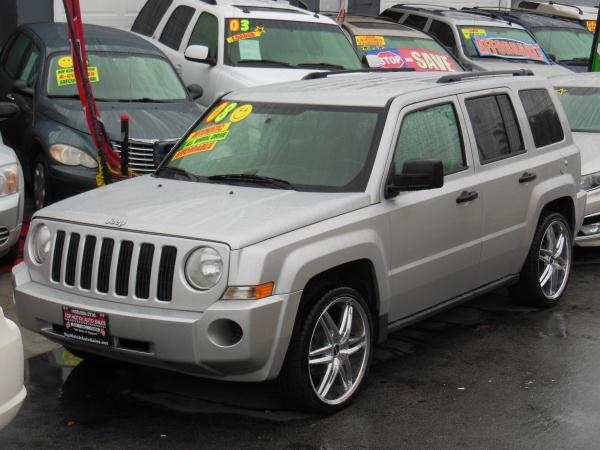 2008 JEEP PATRIOT silverblack automatic air conditioneralarmamfm radioanti-lock brakescass