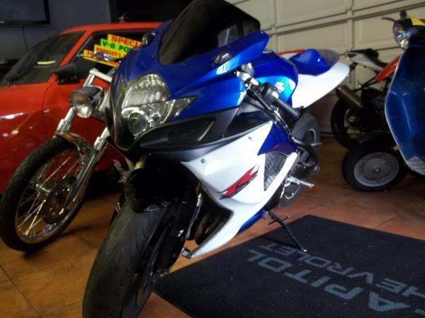 2007 SUZUKI GSX-R600 bluewhite 5 speed manual premium wheelstinted windows 42758 miles Stoc