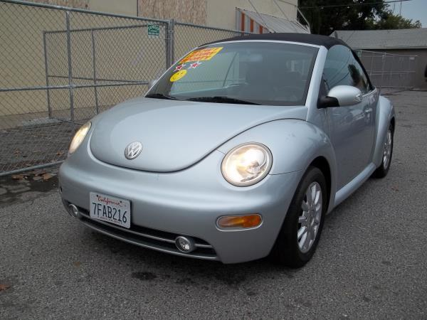 2004 VOLKSWAGEN NEW BEETLE silverblack automatic air conditioneralarmamfm radioanti-lock br