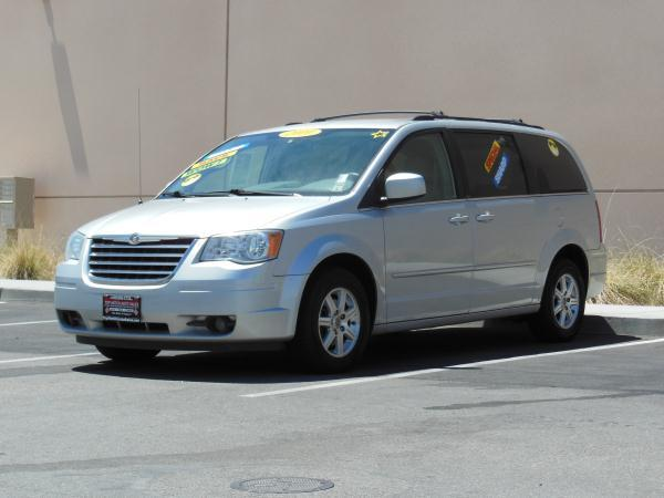 2008 CHRYSLER TOWN  AMP COUNTRY silvergray automatic air conditioneralarmamfm radioanti-lo