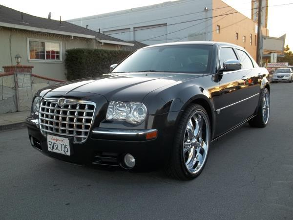 CHRYSLER 300C BASE