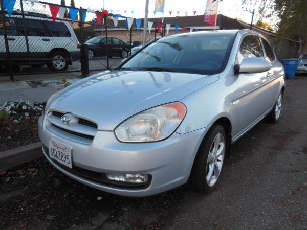 2007 HYUNDAI ACCENT silverblack 5 speed manual air conditioneralarmamfm radioanti-lock brak