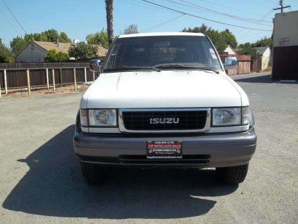 ISUZU TROOPER LIMITED