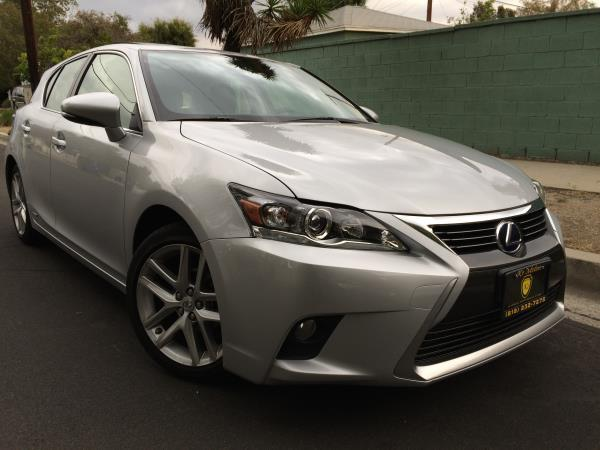 LEXUS CT 200H BASE