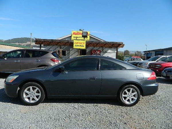 2004 HONDA ACCORD blue 5 speed automatic 136281 miles Stock 1083 VIN 1HGCM82654A015287