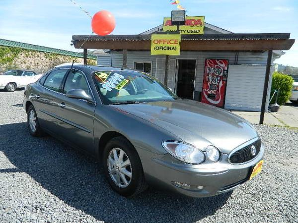 2005 BUICK LACROSSE dark greysilver automatic 52783 miles Stock 590 VIN 2G4WC532151337070
