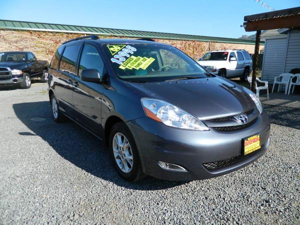 2006 TOYOTA SIENNA bluegray automatic abs 4-wheelsair conditionerair conditionig rearallo