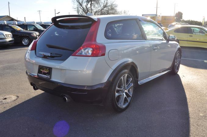 VOLVO C30 T5 | BAY QUALITY MOTORS