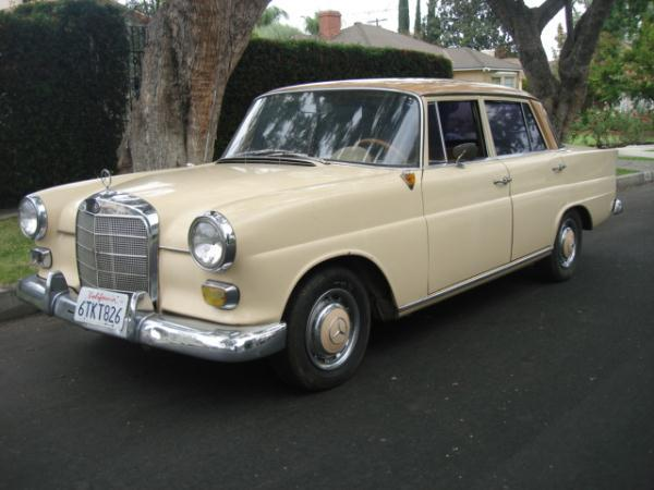 1965 MERCEDES 200D creamtan manuel 125341 miles Stock 2313 VIN 11011010159759