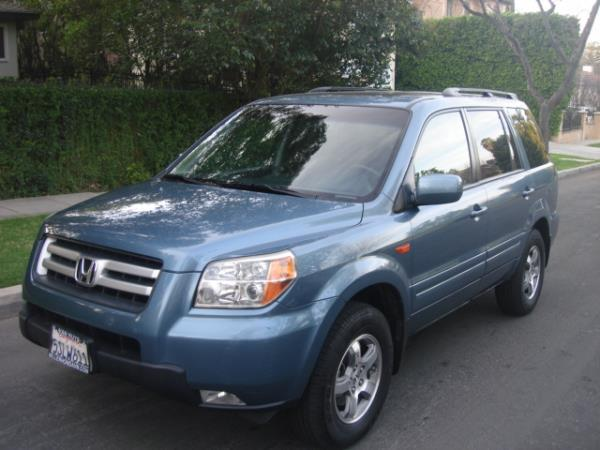 2006 HONDA PILOT bluegray 5 speed automatic 139102 miles Stock 2750 VIN 5FNYF28696B012602