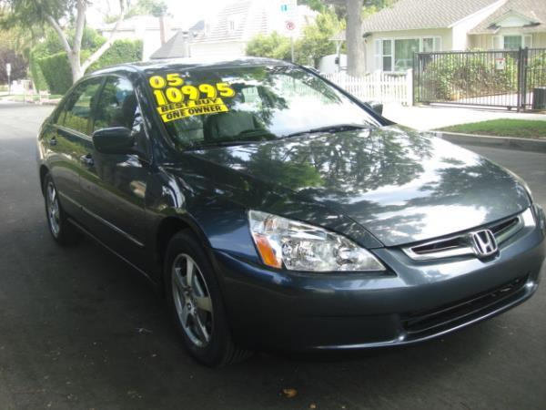 2005 HONDA ACCORD graygray 5 speed automatic 67652 miles Stock 2864 VIN JHMCN36505C007635