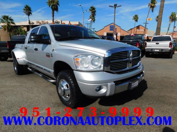 DODGE RAM 3500 LARAMIE DUALLY 4WD
