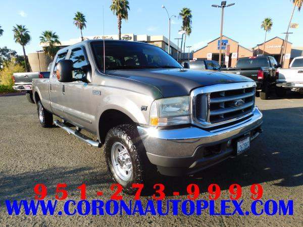 FORD F-250 LARIAT 4WD