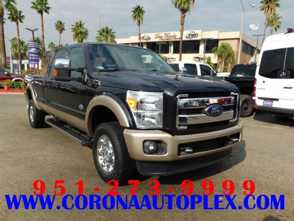 FORD F350 KING RANCH LARIAT
