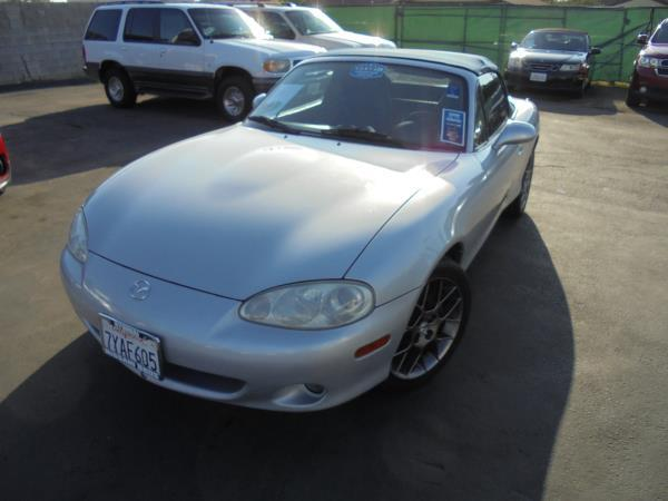 MAZDA MX-5 MIATA BASE