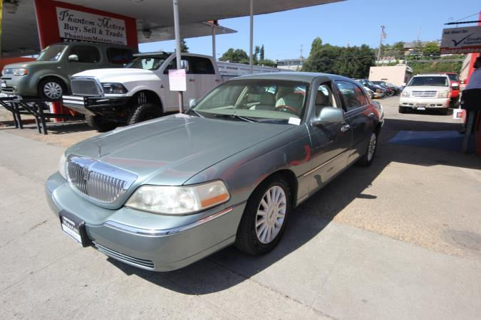 LINCOLN TOWN CAR SIGNATURE LIMITED-L