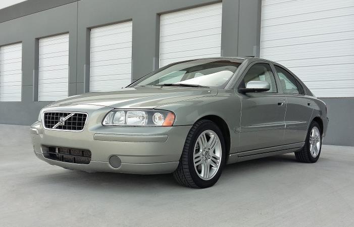 VOLVO S60 2.5T