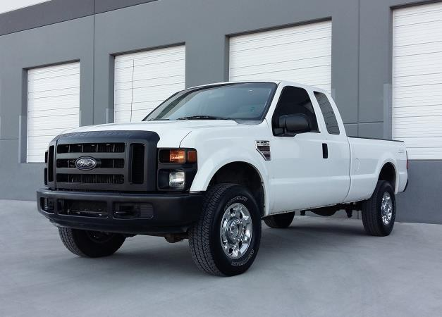 FORD F-350 SUPER DUTY XL 4X4