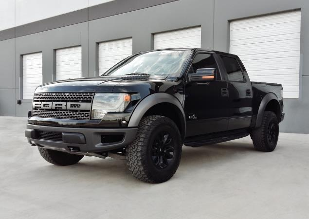 FORD F-150 SVT RAPTOR 4X4