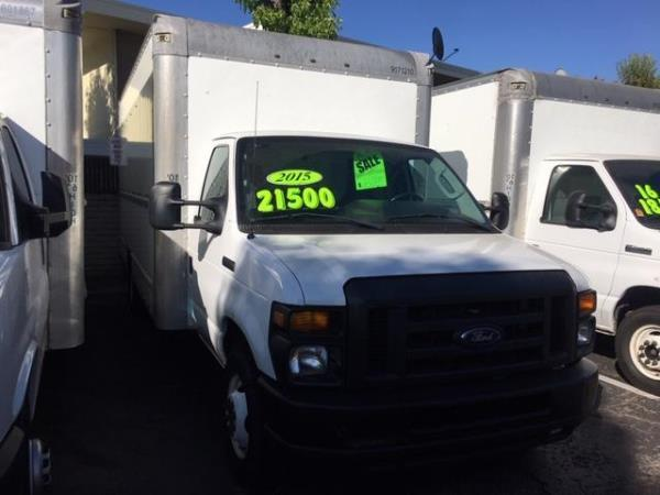 FORD ECONOLINE E350 16 FOOT BOX TRUCK BASE