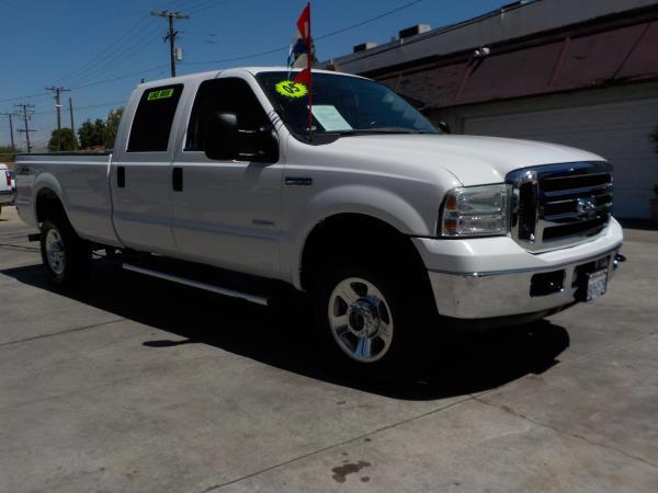 FORD F-350 CREW 4WD LONG LARIAT
