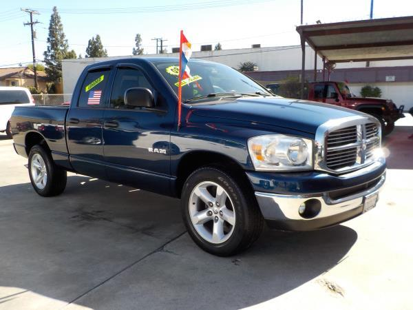 DODGE RAM PICKUP 1500 QUAD CAB SLT