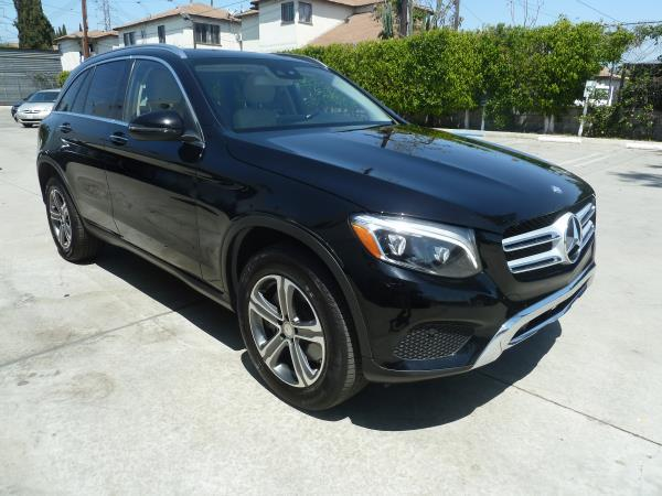 MERCEDES-BENZ GLC300 GLC300
