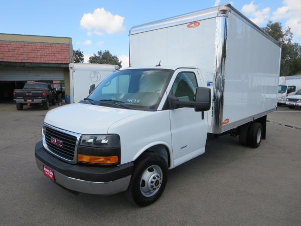 GMC G4500 BASE 177 IN. WB