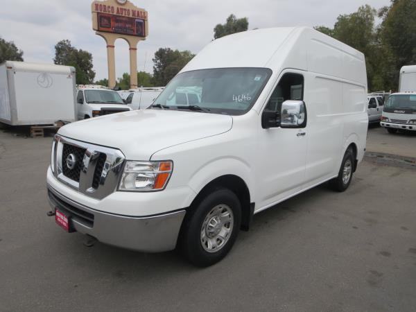 NISSAN NV3500 HD HIGH ROOF
