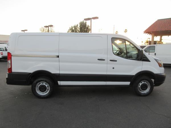 FORD TRANSIT T150 BASE