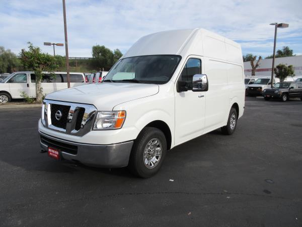 NISSAN NV 3500 HD S