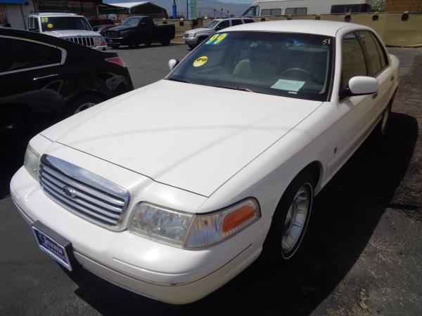FORD CROWN VICTORIA LX