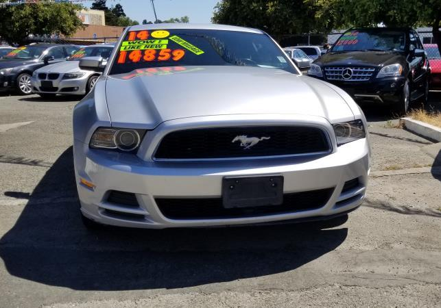 FORD MUSTANG BASE