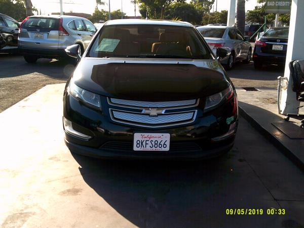 CHEVROLET VOLT PREMIUM W/NAV AND LOW EMISSIONS PKG.
