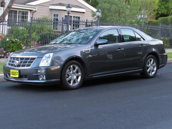 CADILLAC STS LUXURY