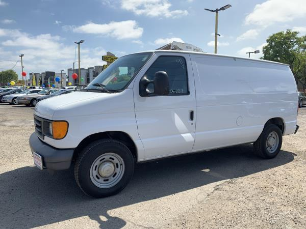 FORD E150 SUPER DUTY CARGO